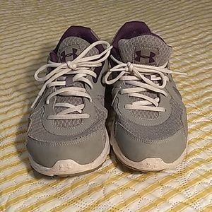 Under Armour ladies athletic shoes grey/purple